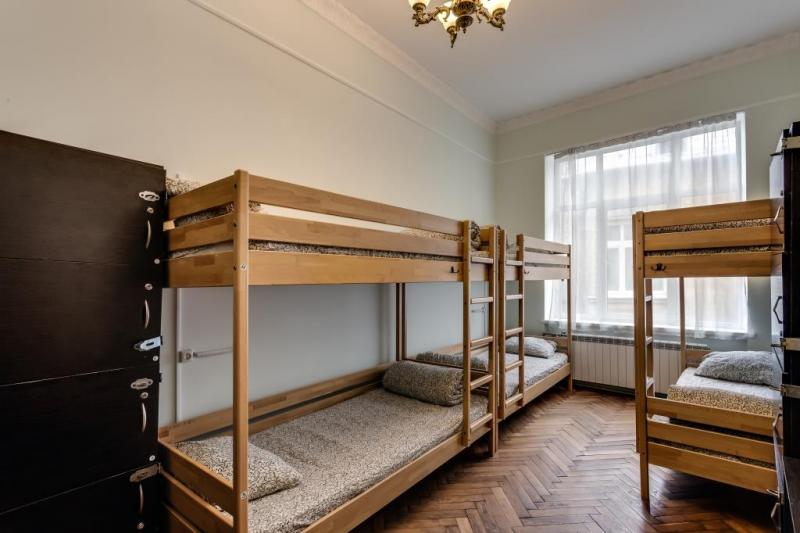 CENTRUM 8 BED ROOM